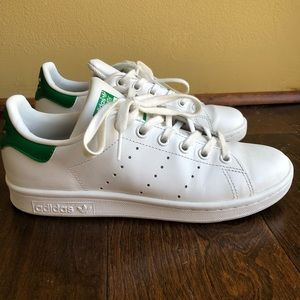 Green and white original Adidas stan smiths